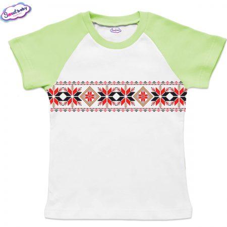 Детска тениска в бяло и зелено Шевицаа