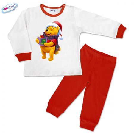 Детска пижамка Мечо Пух пее червено